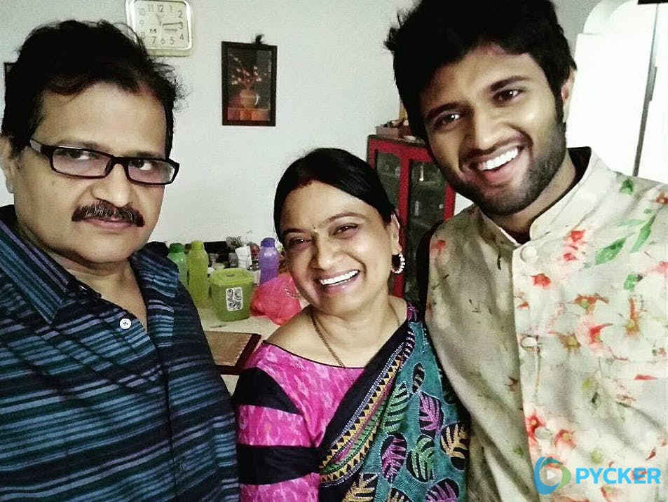 Vijay Devarakonda parents